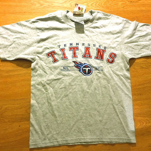 4bd51ff5 New Kids Tennessee Titans T-Shirt Size 10/12 NWT